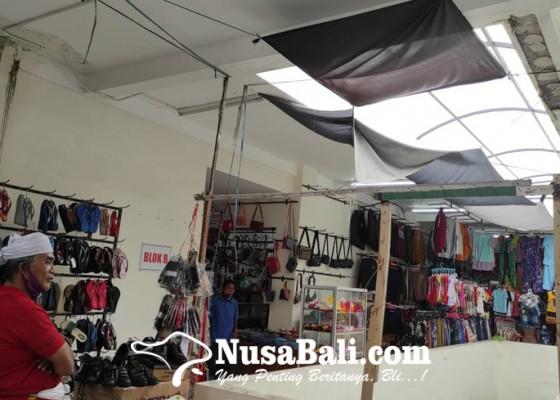 Nusabali.com - pasar-loka-crana-bocor-plafon-jebol