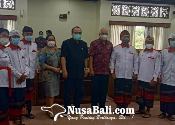 Nusabali.com - dpr-desa-minta-keadilan-ke-dprd-bali