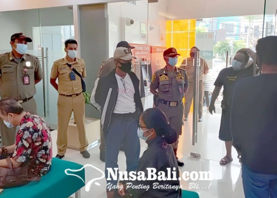 Nusabali.com - petugas-gabungan-sidak-tempat-usaha