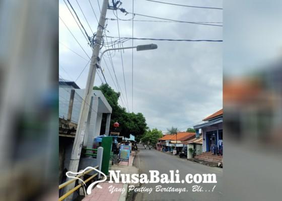Nusabali.com - dinas-putr-terima-puluhan-permintaan-lampu-pju-setiap-hari