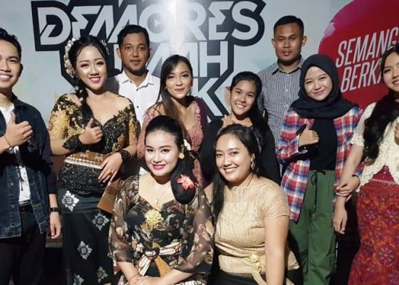 Nusabali.com - tiga-pemenang-audisi-buleleng-megending-masuk-dapur-rekaman
