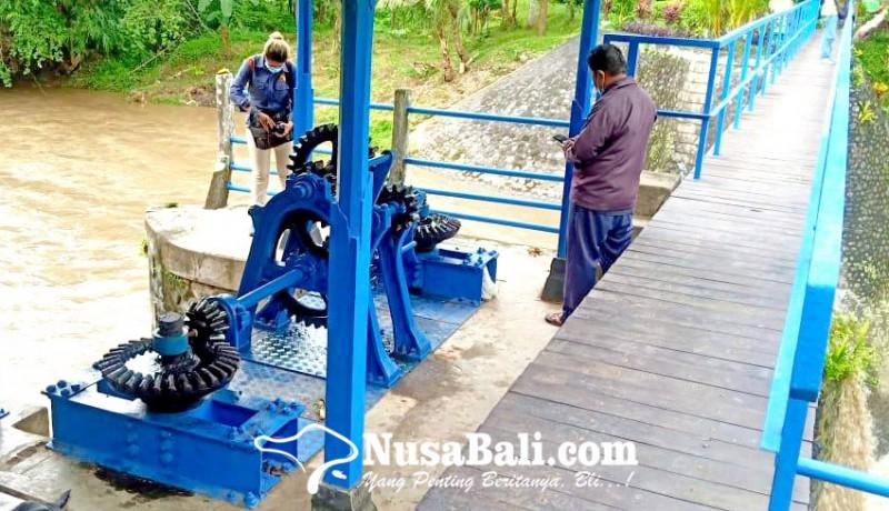 www.nusabali.com-pdam-keluhkan-material-pasir-dan-lumpur-di-tukad-ayung
