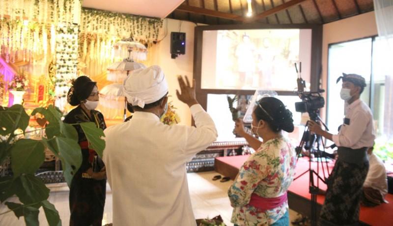 www.nusabali.com-tpb-beng-gelar-pernikahan-virtual
