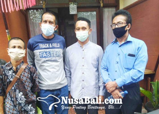 Nusabali.com - pastikan-besaran-pesangon-sesuai-karyawan-korban-phk-datangi-disnaker