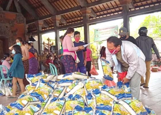 Nusabali.com - pandemi-uang-shu-koperasi-jadi-sembako