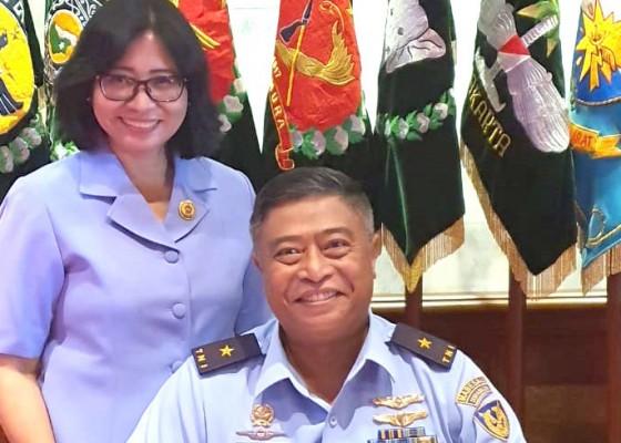 Nusabali.com - berangan-jadi-dokter-malah-raih-pangkat-perwira-tinggi-tni-au