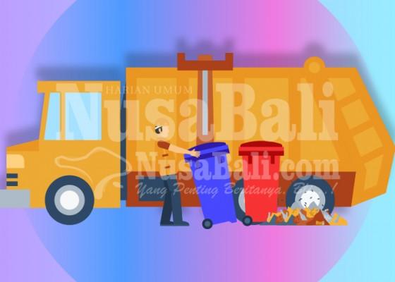 Nusabali.com - tim-biru-dinas-pupr-angkut-2-ton-sampah-per-hari