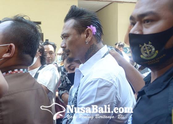Nusabali.com - pt-denpasar-pangkas-hukuman-jerinx-jadi-10-bulan