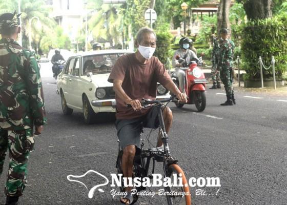 Nusabali.com - ppkm-tim-yustisi-jaring-38-orang-pelanggar-prokes