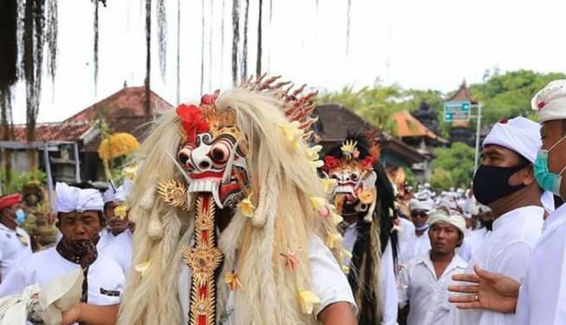 www.nusabali.com-desa-adat-lembongan-gelar-ritual-mapica