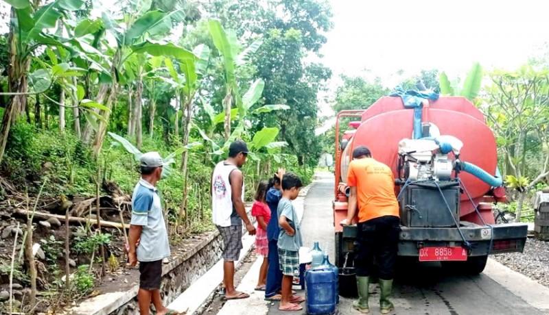 www.nusabali.com-bpbd-distribusikan-15000-liter-airhari