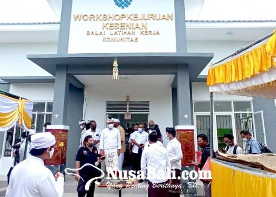 Nusabali.com - blk-kesenian-cetak-generasi-muda-pelestari-seni-budaya