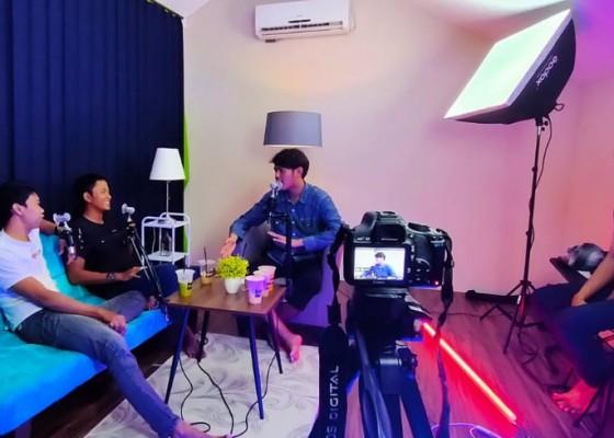 Nusabali.com - studio-podcast-bali-mudahkan-bikin-podcast-hingga-webinar
