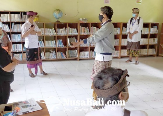 Nusabali.com - dispustaka-monitoring-lima-perpustakaan-sd