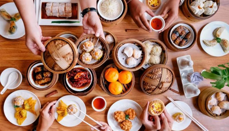 www.nusabali.com-warung-laota-tawarkan-bubur-premium-citarasa-hongkong