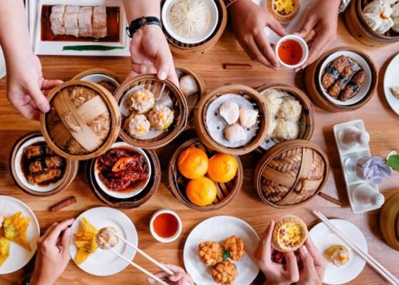 Nusabali.com - warung-laota-tawarkan-bubur-premium-citarasa-hongkong