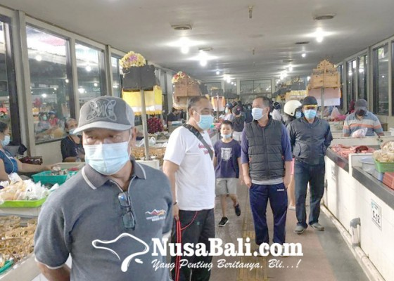 Nusabali.com - disiplin-prokes-di-pasar-tradisional-diperketat