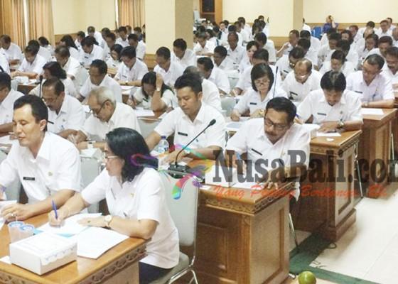 Nusabali.com - pejabat-badung-jalani-tes