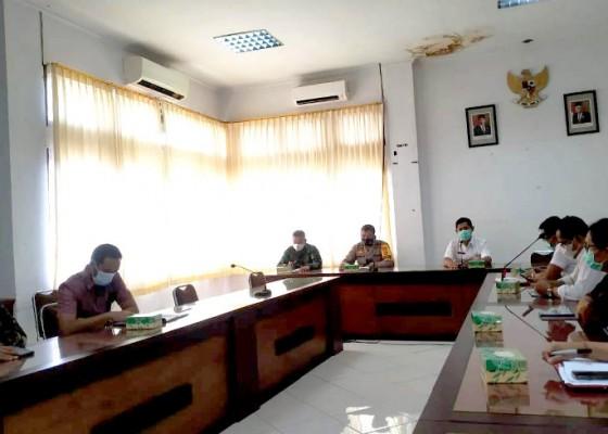 Nusabali.com - jembrana-kerahkan-99-juru-vaksin-di-12-faskes