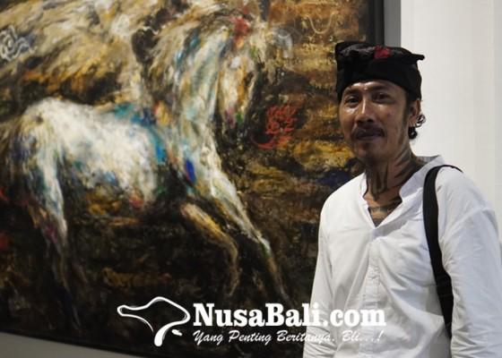 Nusabali.com - wayan-apel-hendrawan-pamerkan-karya-lukis-bernuansa-spiritualis-bali