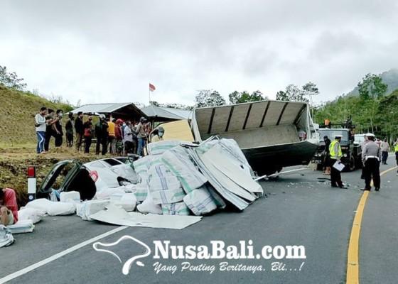 Nusabali.com - pengemudi-mobil-boks-terancam-jadi-tersangka