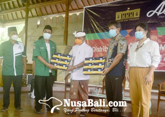 Nusabali.com - gelontor-masker-medis-untuk-nakes