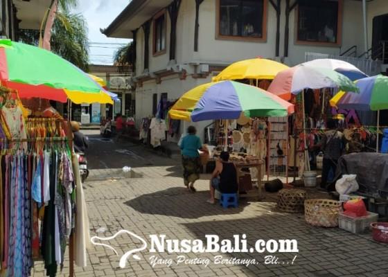 Nusabali.com - pariwisata-anjlok-pasar-ubud-lesu