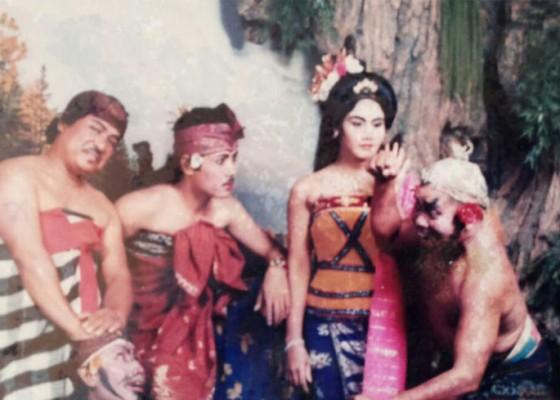 Nusabali.com - pernah-dikejar-lesbian-gara-gara-perankan-lakon-panji-sumirang