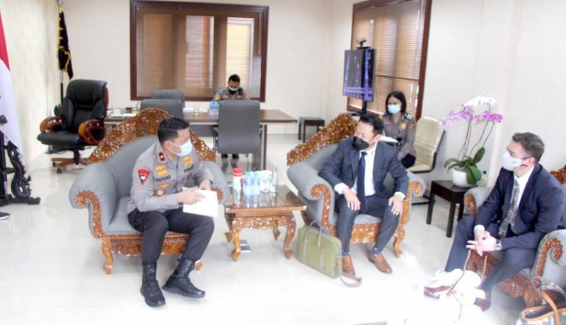 www.nusabali.com-wakapolda-bali-terima-kunjungan-anggota-fbi