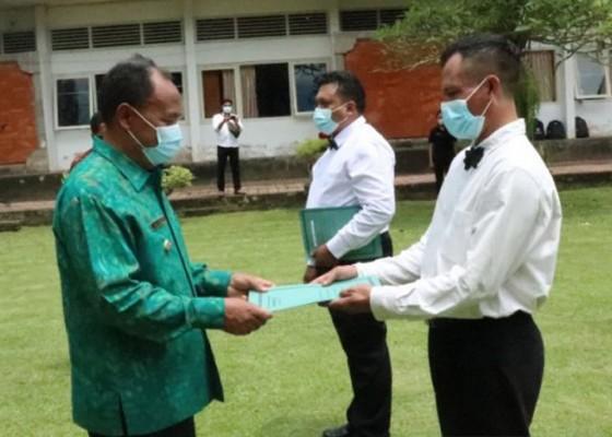 Nusabali.com - bupati-bangli-angkat-39-pegawai-pppk