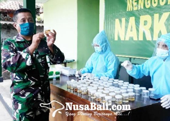 Nusabali.com - kodim-jembrana-tes-urine-anggota