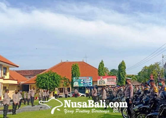 Nusabali.com - tim-yustisi-gelar-operasi-pendisiplinan-prokes