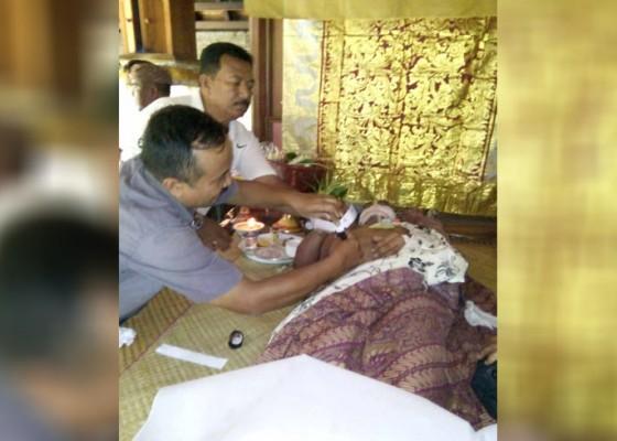 Nusabali.com - kapupungan-salah-minum-guide-tewas