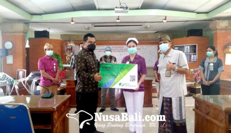 www.nusabali.com-724-tenaga-kontrak-rsud-buleleng-terima-kartu-kepesertaan-bp-jamsostek