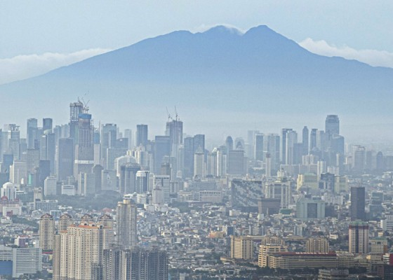 Nusabali.com - indonesian-economy-contracted-207-percent-in-2020