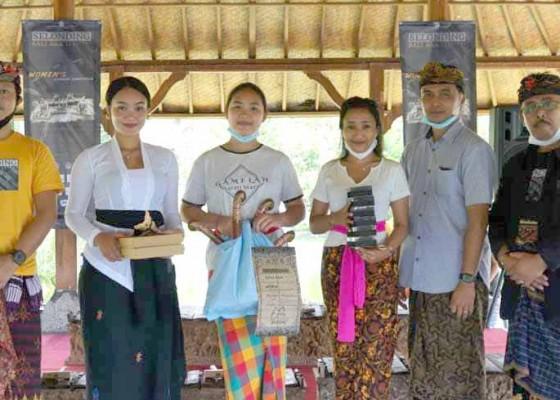 Nusabali.com - sekaa-selonding-parwati-dan-bumi-bajra-terbaik-lomba-selonding