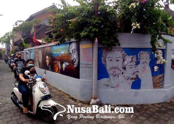 Nusabali.com - unik-sepanjang-gang-dipenuhi-hiasan-lukisan-mural