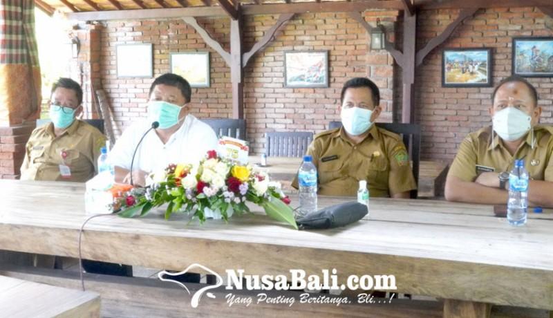 www.nusabali.com-bupati-artha-pamit-ke-wartawan
