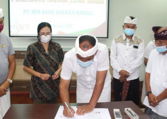Nusabali.com - bank-pasar-bangli-berubah-dari-pd-menjadi-pt