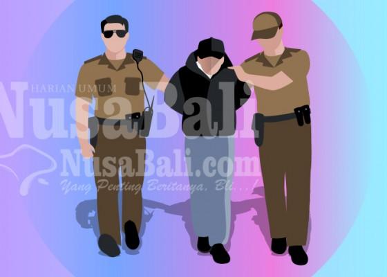 Nusabali.com - bawa-shabu-mantan-pegawai-honorer-camat-dijuk