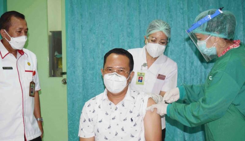 www.nusabali.com-realisasi-vaksinasi-tahap-i-capai-84-persen