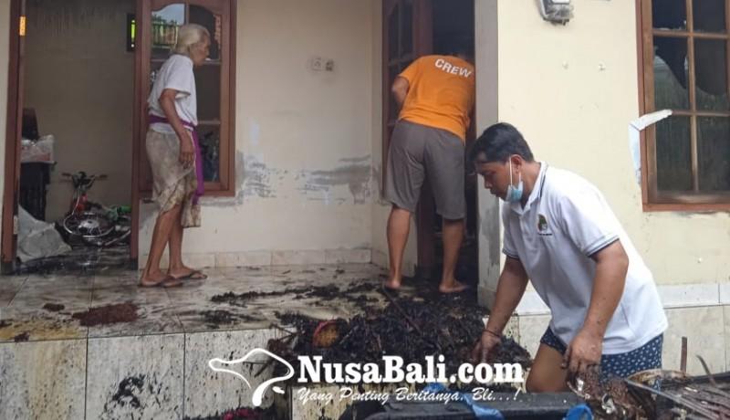 www.nusabali.com-mabanten-tumpek-landep-bale-dauh-terbakar
