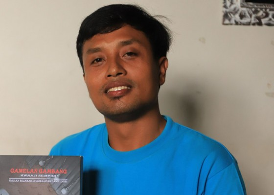 Nusabali.com - ciptakan-kecak-air-dan-menulis-buku-gamelan-gambang-kwanji