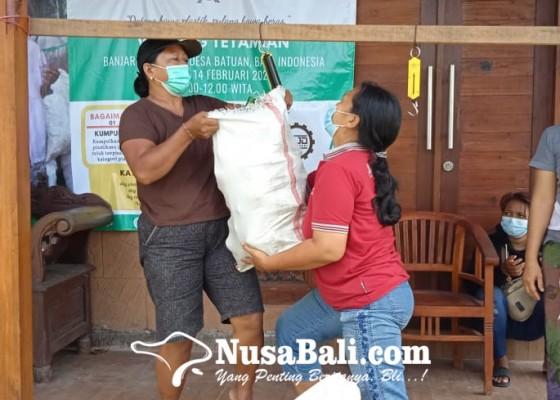 Nusabali.com - edu-aksi-plastic-exchange-kumpulkan-300-ton-sampah-plastik