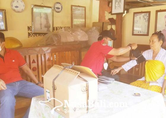 Nusabali.com - sambangi-sulinggih-dan-pemangku-di-desa-anturan
