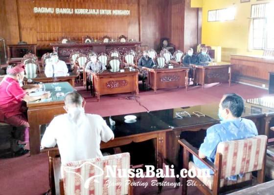 Nusabali.com - warga-banjar-malet-tengah-minta-kejelasan-ptsl