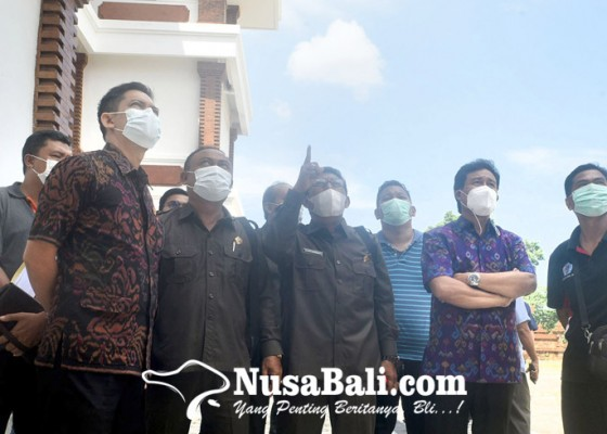 Nusabali.com - temukan-kerusakan-gedung-dan-jalan-tak-layak