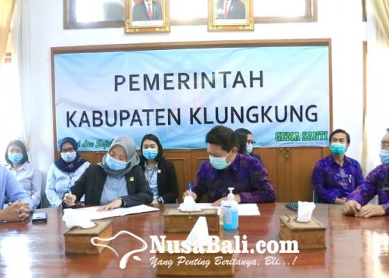 Nusabali.com - bupati-suwirta-kejari-teken-mou-bidang-pendampingan-hukum