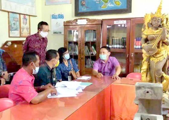 Nusabali.com - dispustaka-karangasem-akreditasi-lima-perpustakaan