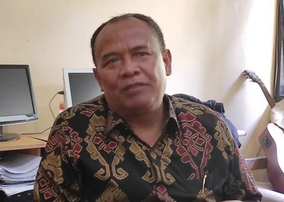 Nusabali.com - purna-tugas-made-gianyar-istirahat-dari-dunia-politik-ingin-jadi-pegiat-lingkungan